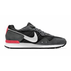 Nike Venture Runner šedé CK2944-004 - vyskúšajte osobne v obchode